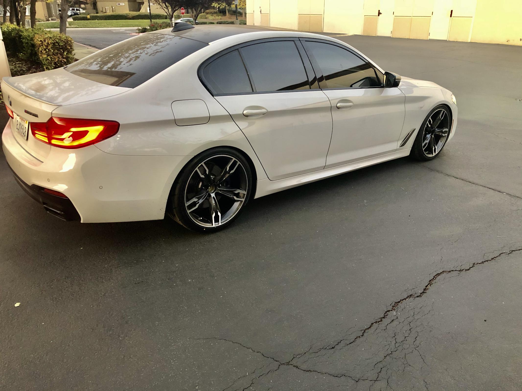 Name:  BMW52.jpg Views: 1934 Size:  373.2 KB