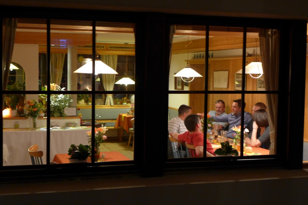 Name:  SchlossBlick Hotel near Kufstein, AustriaP1000936.jpg Views: 2434 Size:  150.4 KB