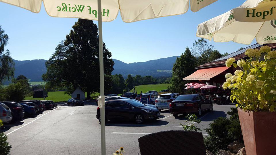 Name:  Winklstüberl Cafe   49923567_7779720959410775377_n.jpg Views: 2556 Size:  94.0 KB