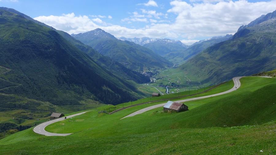 Name:  Furka Pass P1080371.jpg Views: 1561 Size:  153.3 KB
