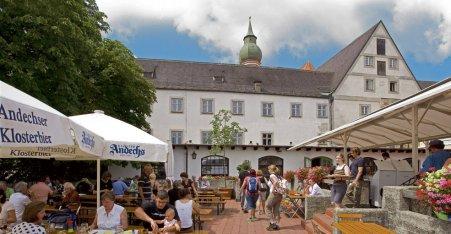 Name:  Kloster Andrechs  10_by_andechs_kloster_biergarten_roland_rossner_3_452x.jpg Views: 2426 Size:  33.9 KB