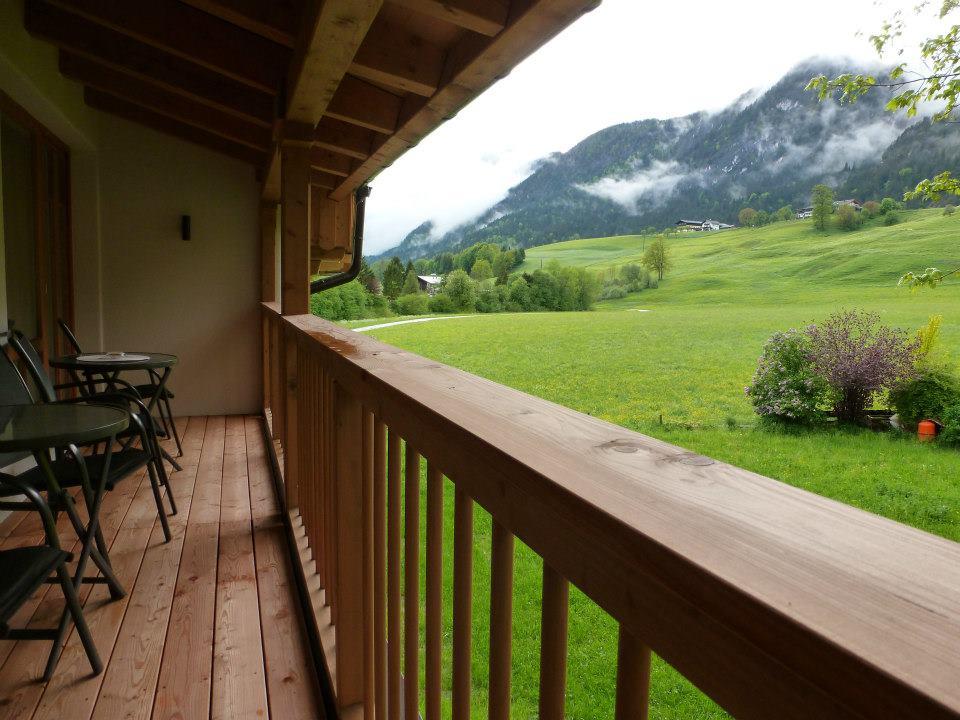 Name:  SchlossBlick Hotel near Kufstein, Austria599462_10151643354386171_1357125858_n.jpg Views: 4243 Size:  101.0 KB