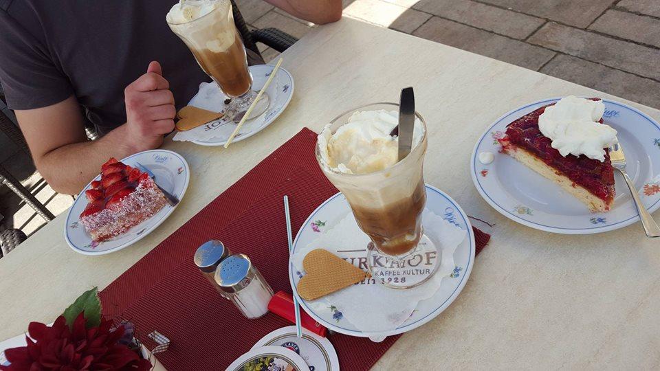 Name:  Winklstüberl Cafe   11220081_10153484950263567_1219844606769862688_n.jpg Views: 4078 Size:  98.5 KB