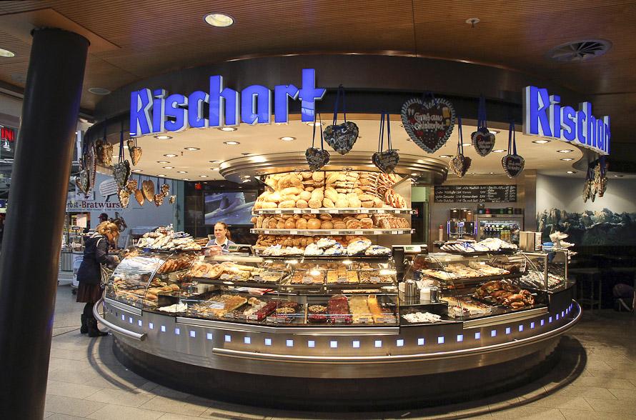 Name:  Cafe Rischart_2011.jpg Views: 2747 Size:  279.8 KB