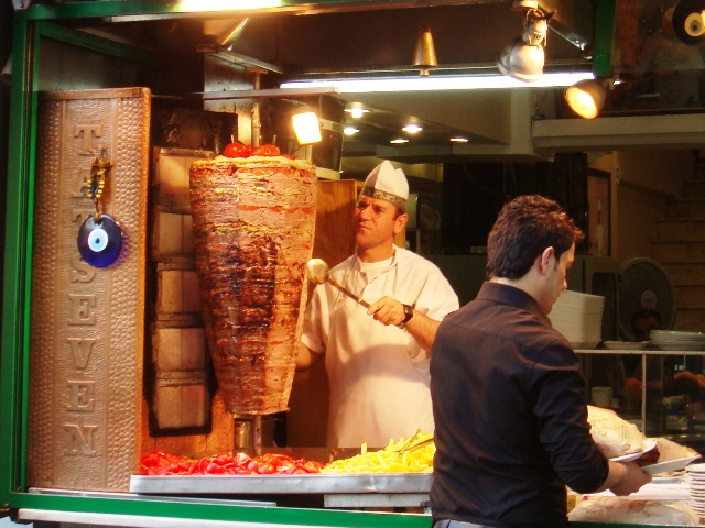 Name:  Doner_kebab,_Istanbul,_Turkey.JPG Views: 2977 Size:  153.4 KB