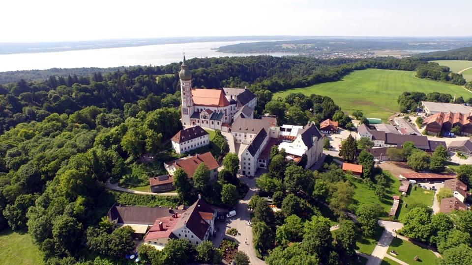 Name:  Kloster Andrechs11406952_10153334956172383_5282984285131791715_n.jpg Views: 3047 Size:  101.7 KB
