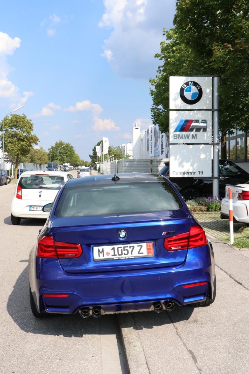 Name:  BMW_M1.jpg Views: 420 Size:  267.8 KB