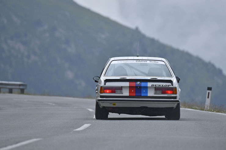 Name:  BMW-Legenden-am-Timmelsjoch-BMW-Klassiker-07-2016-fotoshowBig-5b6db79a-966668.jpg