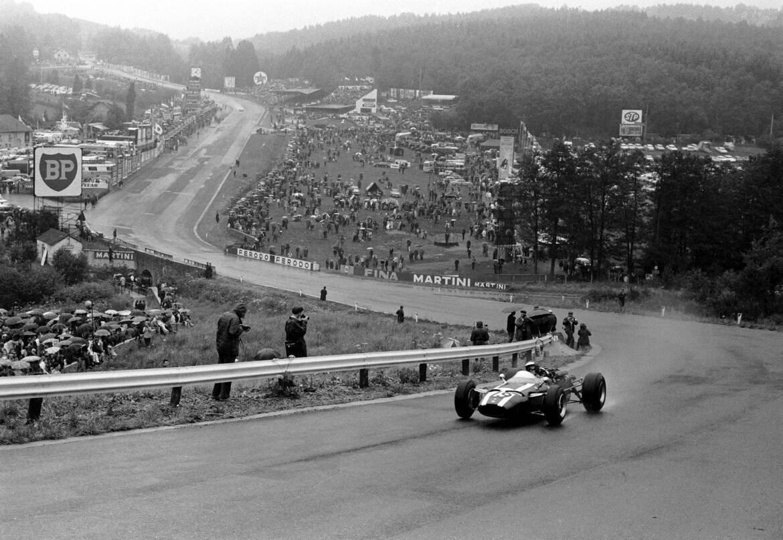 Name:  1966-Spa-Francorchamps-Jochen-Rindt-Cooper-T81.jpg Views: 10476 Size:  199.1 KB