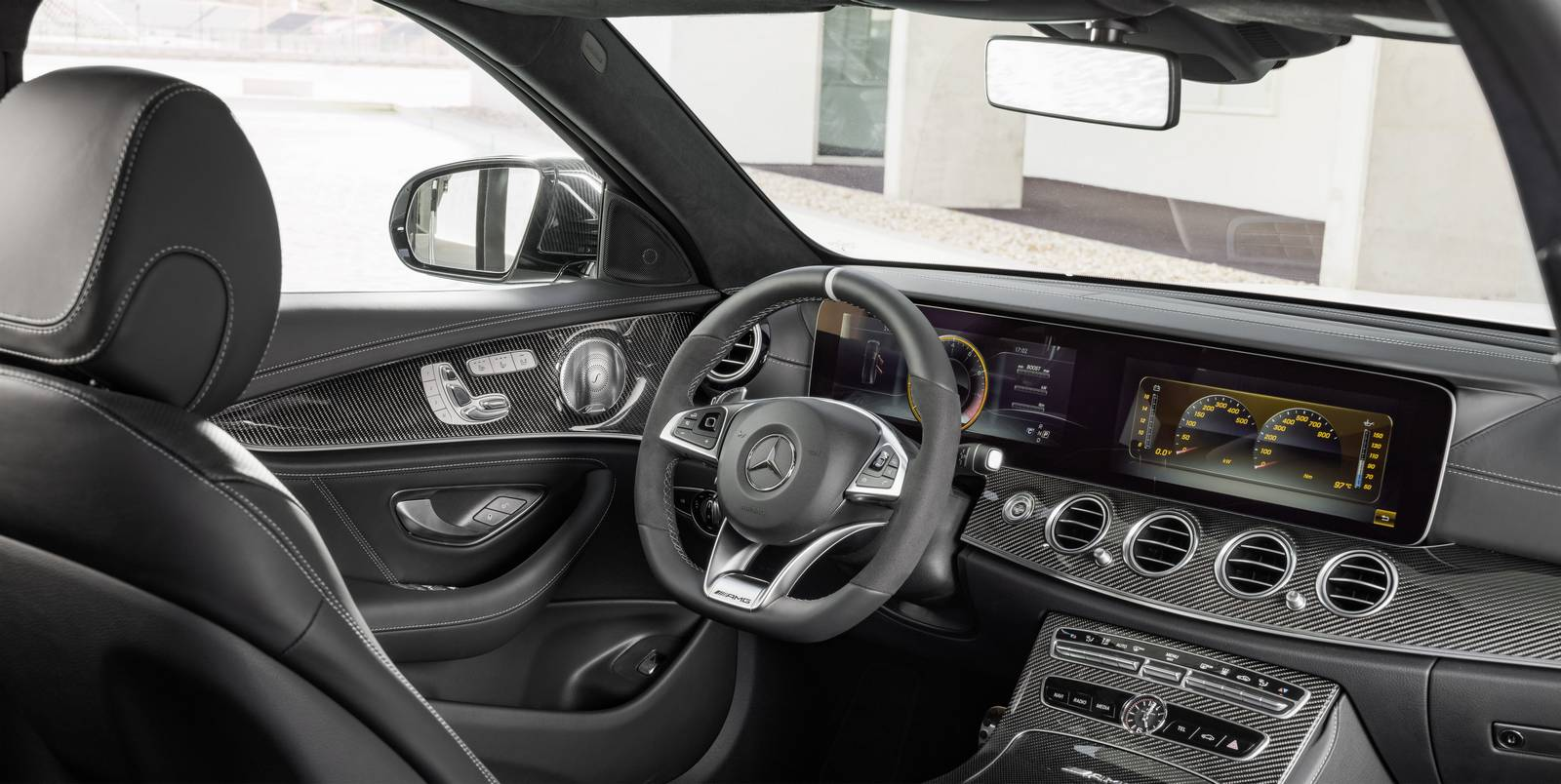 Name:  Mercedes-AMG-E63-S-Estate-18.jpg Views: 1054 Size:  150.2 KB