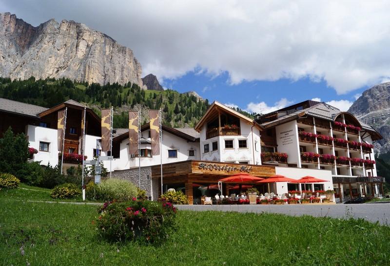 Name:  Sella  Hotel Kolfuschgerhof     10499343_704382849598048_534667051736844303_o.jpg Views: 3478 Size:  155.6 KB