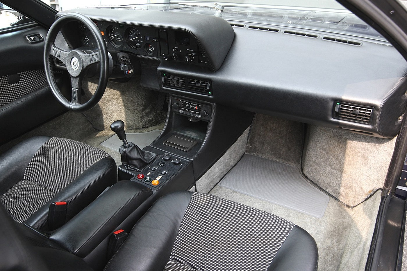 Name:  1978-1981 BMW M1 [34].jpg