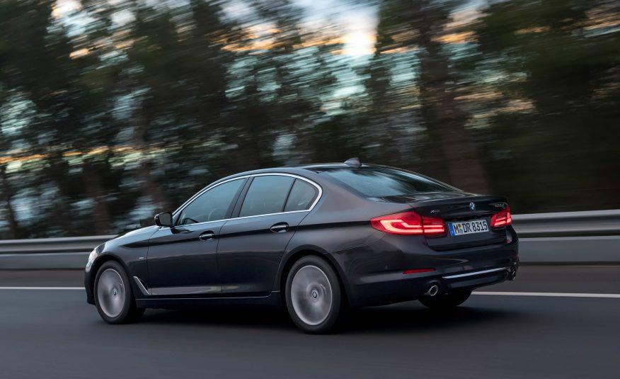 Name:  2017-BMW-5-Series-First-Drive-164-876x535.jpg Views: 17624 Size:  69.4 KB