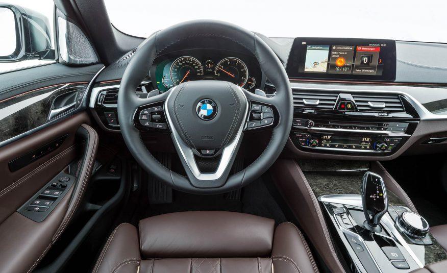 Name:  2017-BMW-5-Series-First-Drive-177-876x535.jpg Views: 17482 Size:  92.5 KB