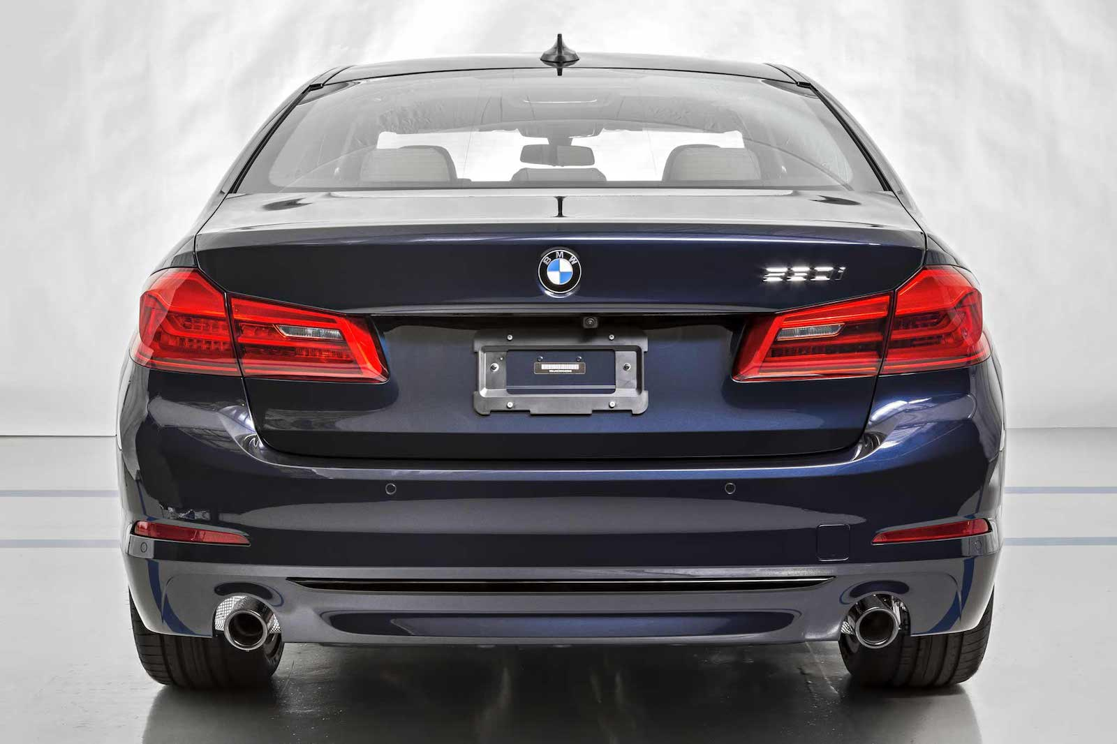 Name:  ImperialBlue530i-4.jpg