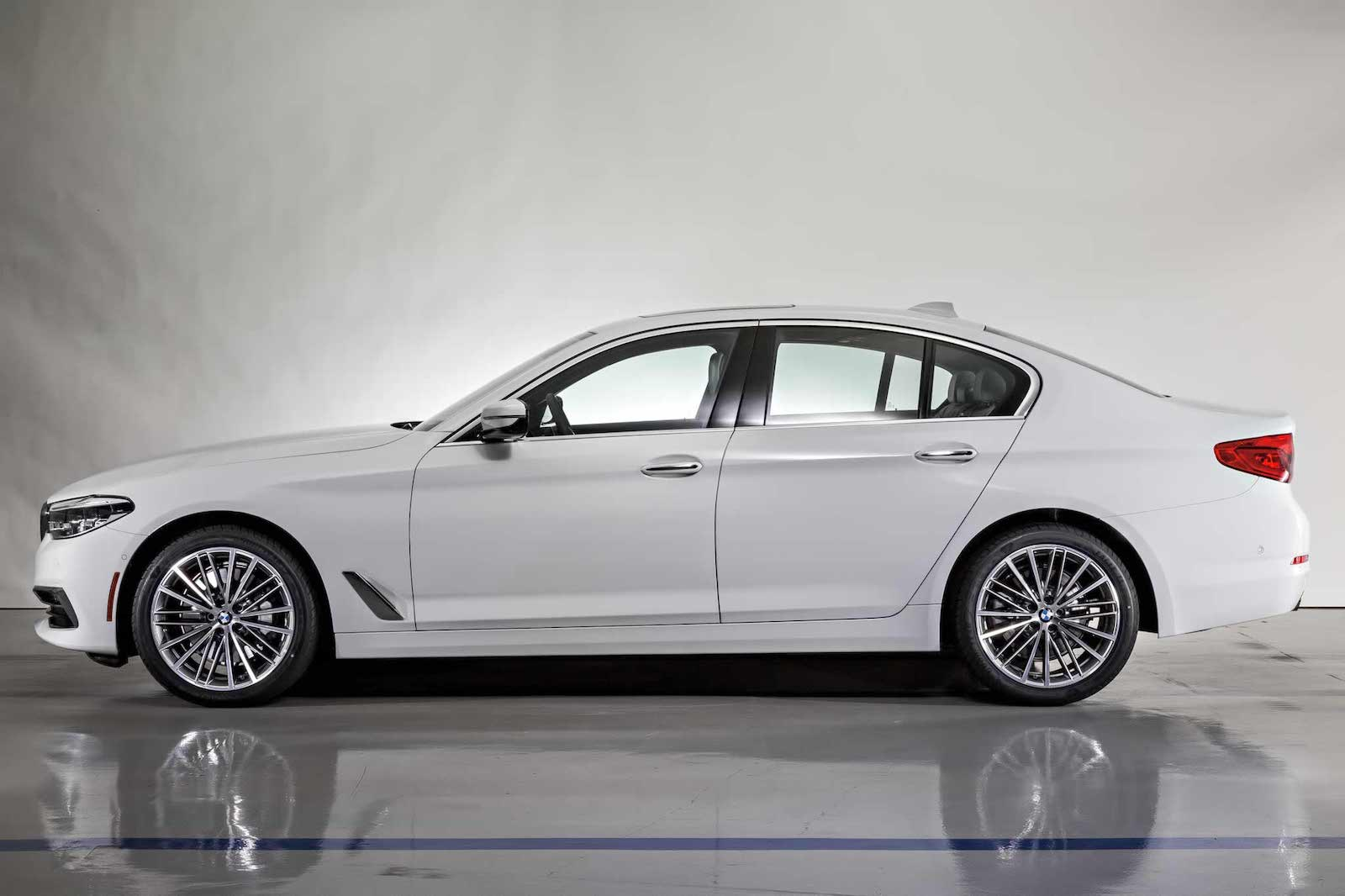 Name:  g30-5series-alpinewhite3.jpg
