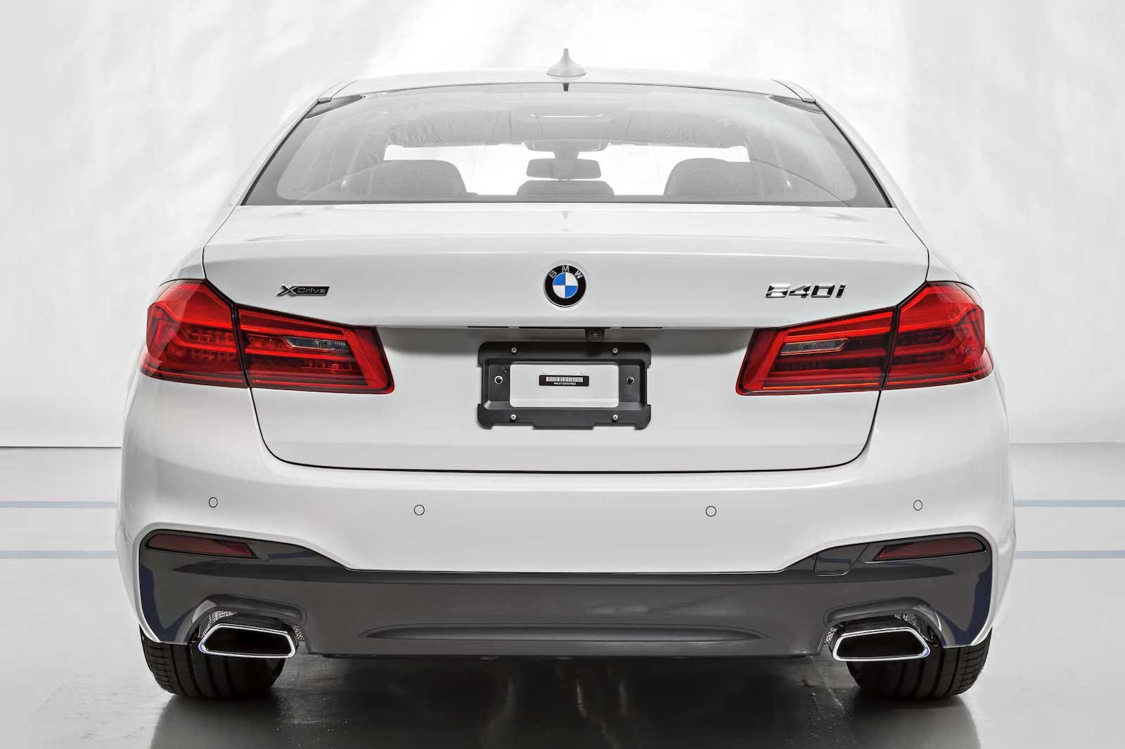 Name:  AlpineWhite-540i-Msport-4.jpg
