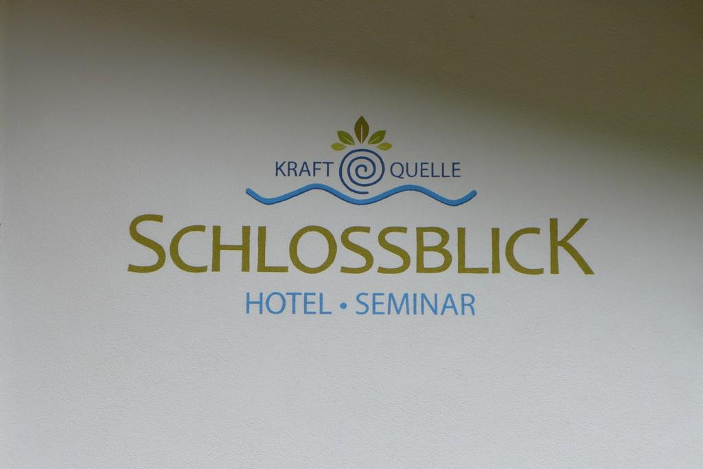 Name:  schloss Blick Hotel Kufstein   P1000990.jpg Views: 3026 Size:  144.2 KB