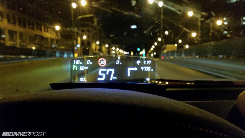 Name:  BMW_HeadUpScreen_1M_06.jpg Views: 231323 Size:  121.9 KB