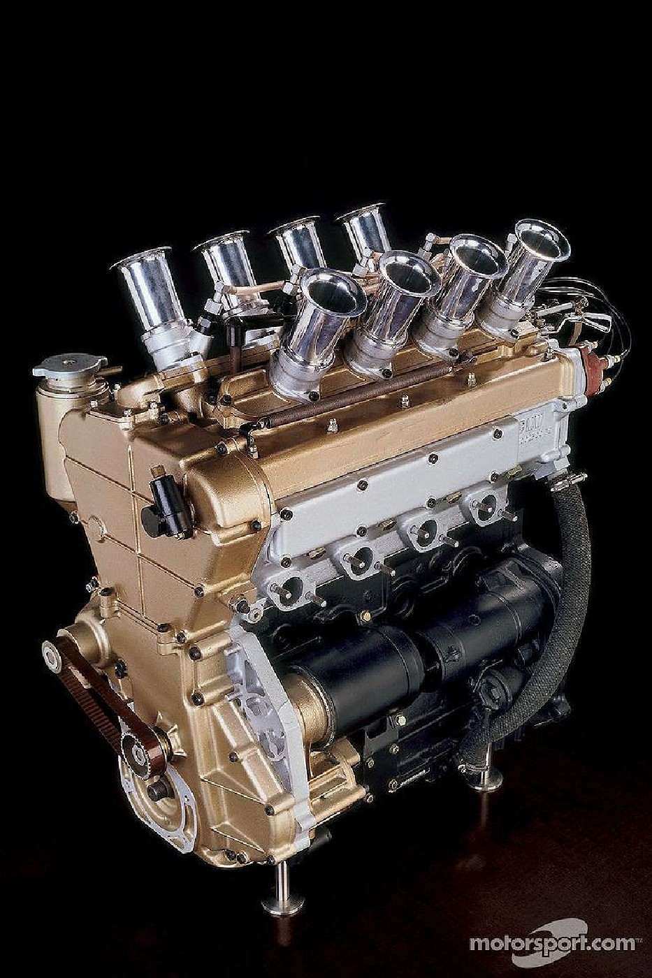 Name:  BMW m10 Radial Valve engine.jpg Views: 36115 Size:  328.3 KB