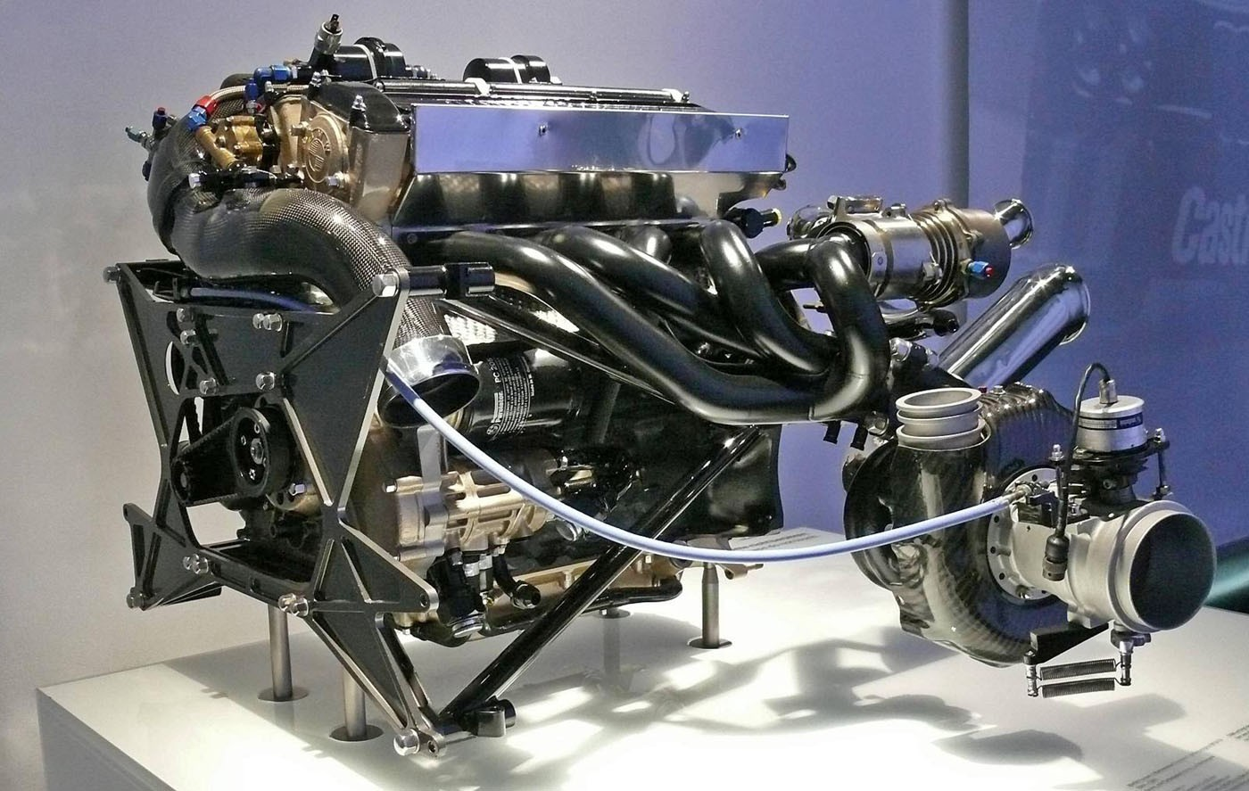 Name:  BMW M12-13 engine.jpg Views: 37061 Size:  251.9 KB