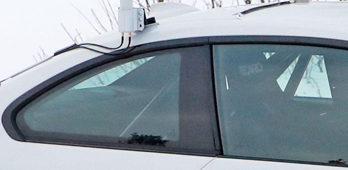 Name:  BMW_M2_EV_Testcar_Recaro.jpg Views: 5845 Size:  66.6 KB
